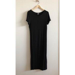 Black stretchy midi dress